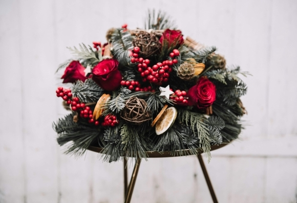 Starlight Christmas Table Posy