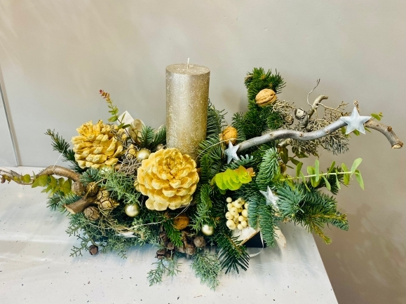 Silent Night Table Centerpiece